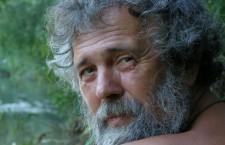Scriitorul Alexandru Vlad s-a stins din viață la vârsta de 64 de ani. În ultimele sale zile lucra la ediția revizuită a cărții Ploile amare
