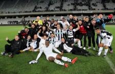 Amenințați cu falimentul și neplătiți de patru luni,   fotbaliștii de la Universitatea Cluj nu prea mai au motive să sărbătorească ultimele succese / Foto: Dan Bodea