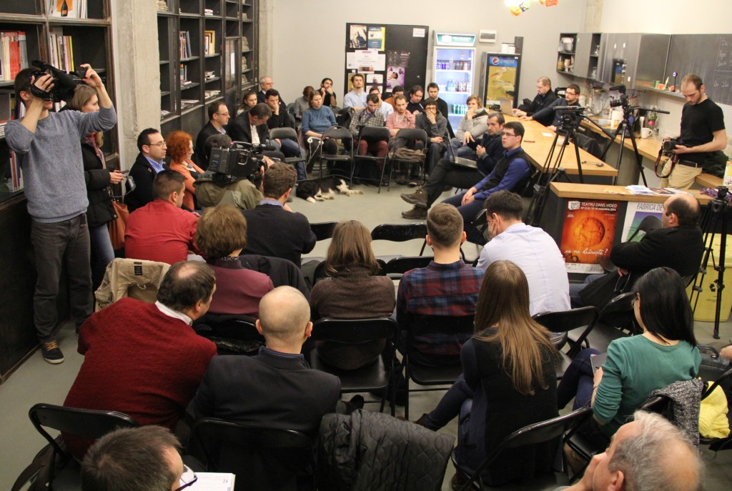 Dezbatere despre multiculturalism în cadrul Fabricii de Pensule/ Foto: Dan Bodea