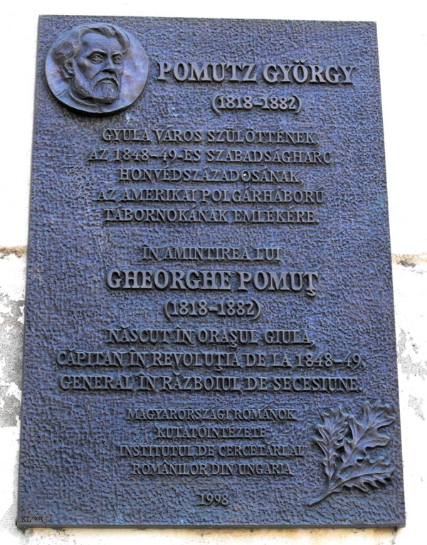Placa memorială în Gyula,   Ungaria