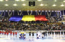 """Conduse din teren de Cristina Laslo (""""U"""" Alexandrion) """"Tricolorele mici"""" încep cursa de calificare la Campionatul European din Kosovo / Foto: Dan Bodea"""