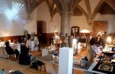 Prima ediţie a Târgului de ceramică contemporană CAOLIN,   a avut loc în perioada 30 mai – 1 iunie 2014,   în incinta Mănăstirii Franciscane (fostul Liceu de Muzică) din Piaţa Muzeului,   Cluj-Napoca. Cincisprezece artişti şi designeri din România au expus si au oferit publicului obiecte ceramice contemporane,   atât utilitare cât şi artistice.