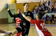 """Cristina Laslo a contribuit cu 5 goluri la victoria echipei """"U"""" Alexandrion (scor 28-22) cu CSM Cetate Deva din play-off-ul Ligii Naționale / Foto: Dan Bodea"""