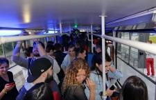 Petrecere în tramvai / Foto: Dan Bodea