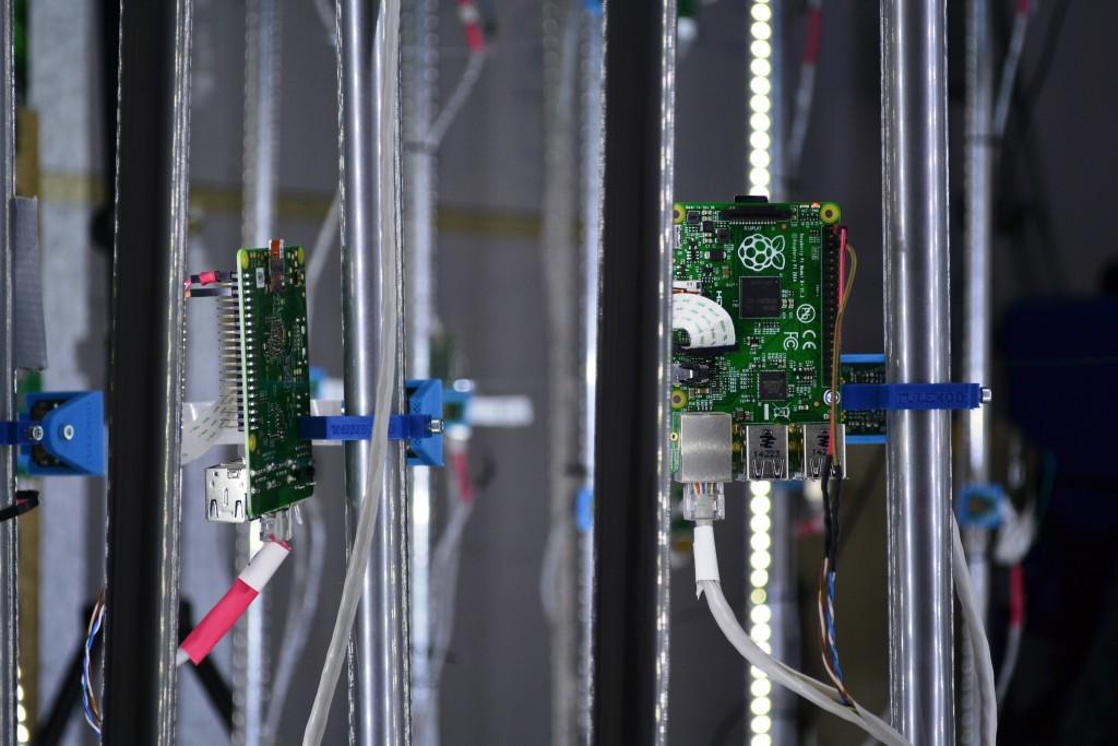 Piesele care intră în componența scanerului costă aproximativ 7.000 de dolari / Foto: Maria Man