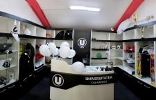 """""""U"""" / CS Universitatea a inaugurat magazinul oficial"""