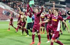 Alexandru Păun (foto,   în centru) a marcat un gol și a dat o pasă de gol în victoria României (3-0) cu Armenia din preliminariile Euro 2017