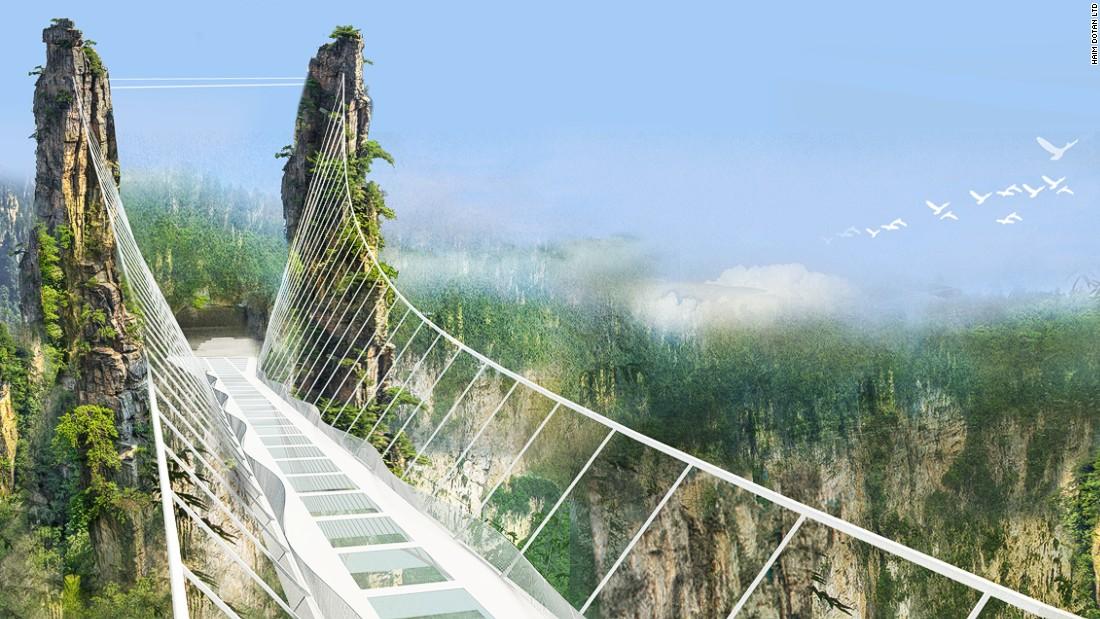 China se pregăteşte să inaugureze cel mai lung şi cel mai înalt pod de sticlă din lume