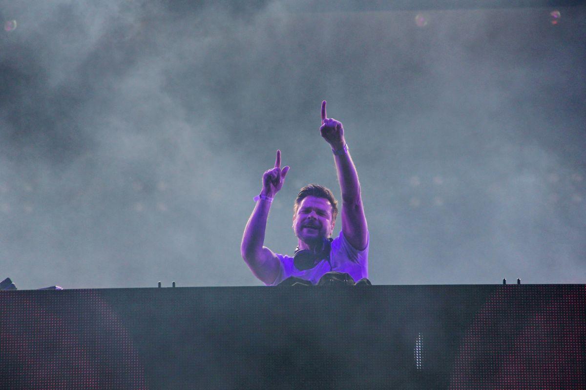 DJ-ul și producătorul german André Tanneberger,   cunoscut publicului din întreaga lume cu numele de scenă ATB a încheiat în jurul orei 3 prima zi a Festivalului UNTOLD/Foto: Dan Bodea