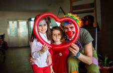 """Tinerii Clujului. Vlad Pop,   distribuitorul de zâmbete pentru sufletele copiilor. """"Cred că atunci când faci alți oameni fericiți,   ești fericit"""""""