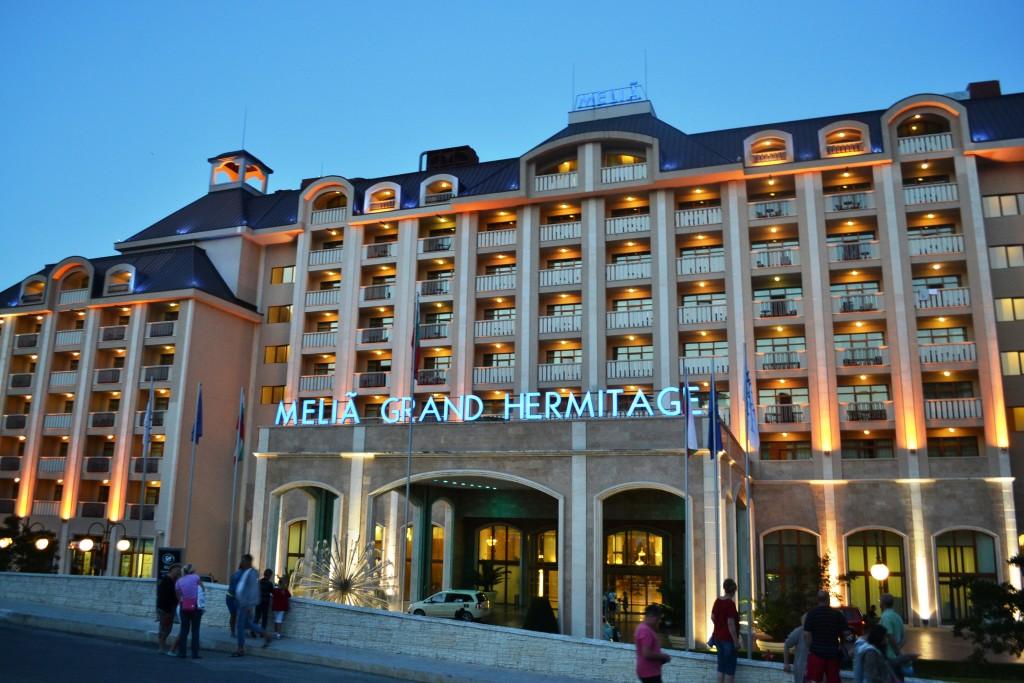 Hotelul Melia,   unul dintre cele mai impuntoare hoteluri din stațiune/ Foto: Maria Man