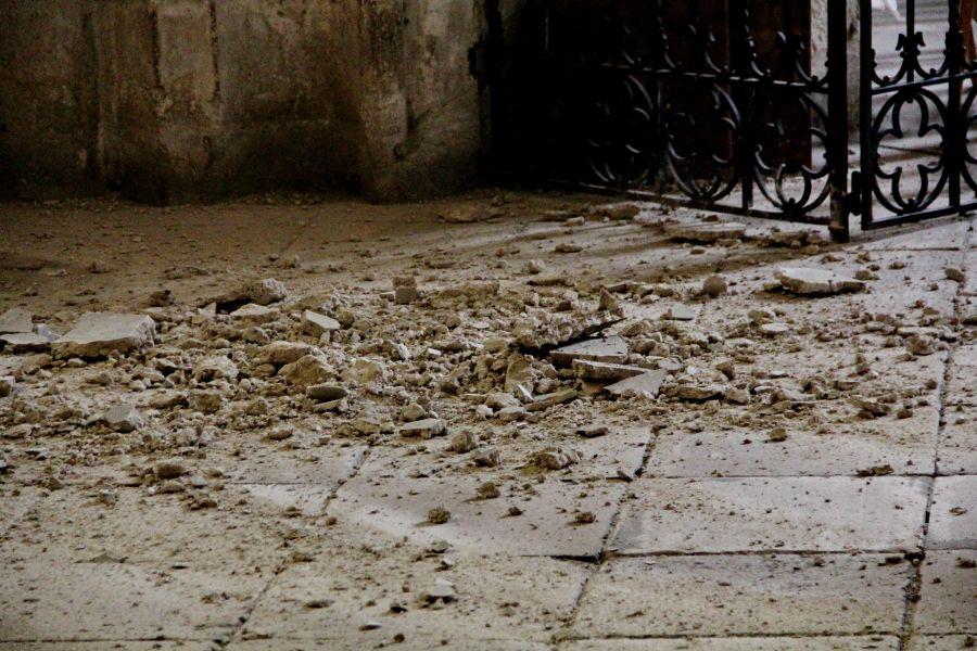 tavan cazut biserica sfantul mihail