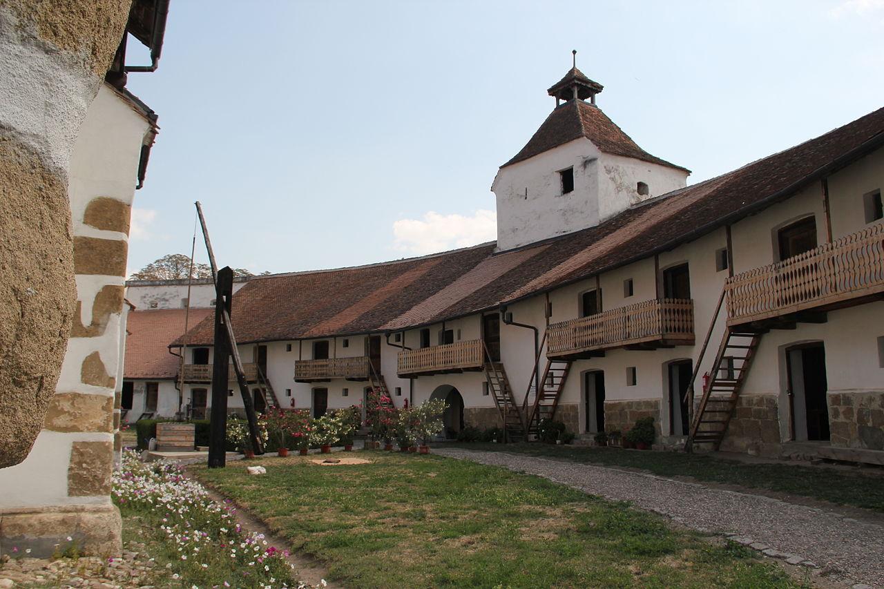 Prejmer, interiorul fortificației
