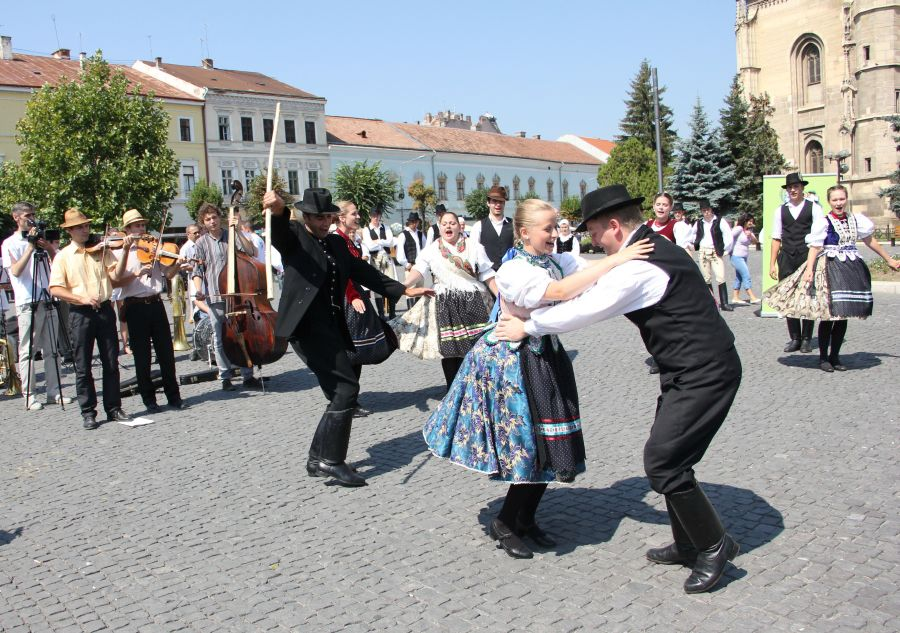 zilele maghiare
