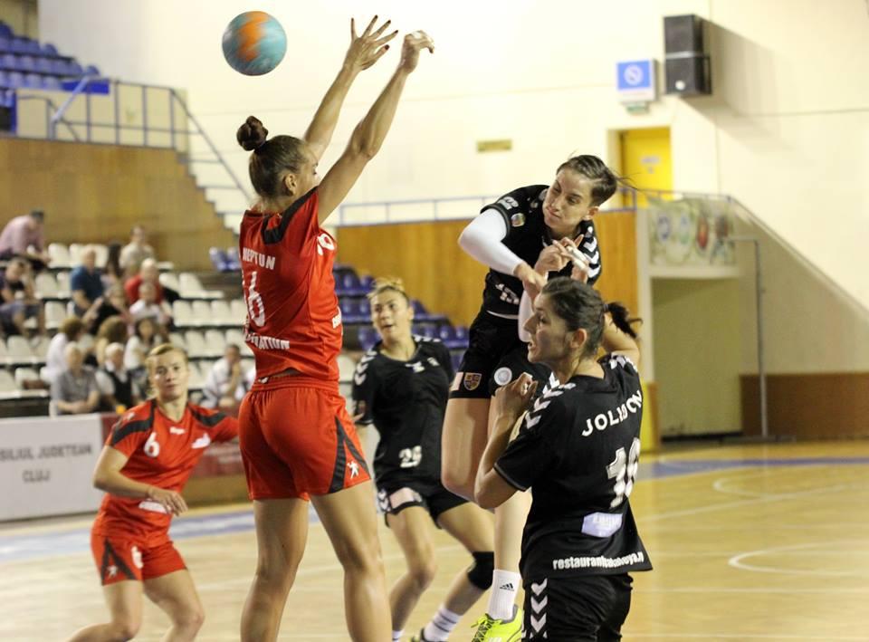 Handbalistele de la Universitatea Cluj au urcat pe locul 5 în Liga Națională, după victoria (32-28) de la Sebeș / Foto: Dan Bodea
