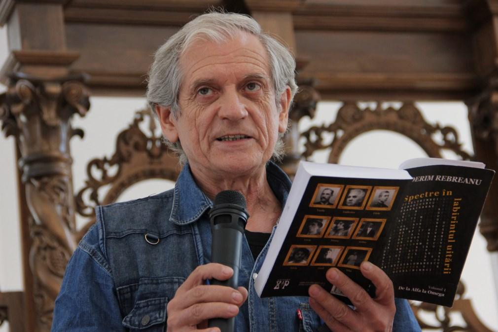 Ilderim Rebreanu,   în timpul prezentării de carte care a avut loc la Biserica Greco-Catolică din Aiud,   județul Alba/Foto: Dan Bodea