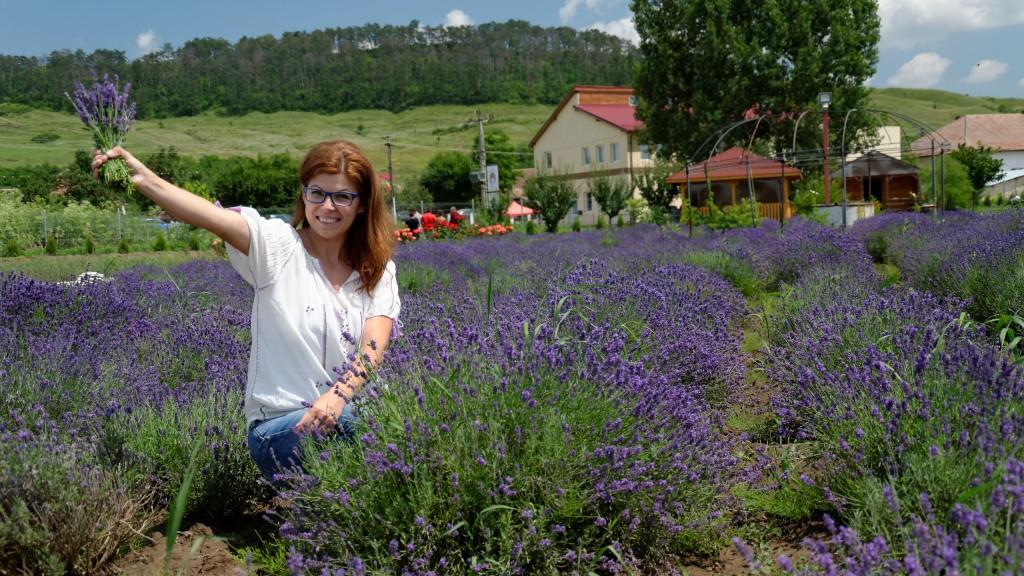 """""""Odată ce te împrietenești cu planta și înveți să te bucuri de ceea ce îți oferă, te îndrăgostești de ea"""", Anca Șerpar"""