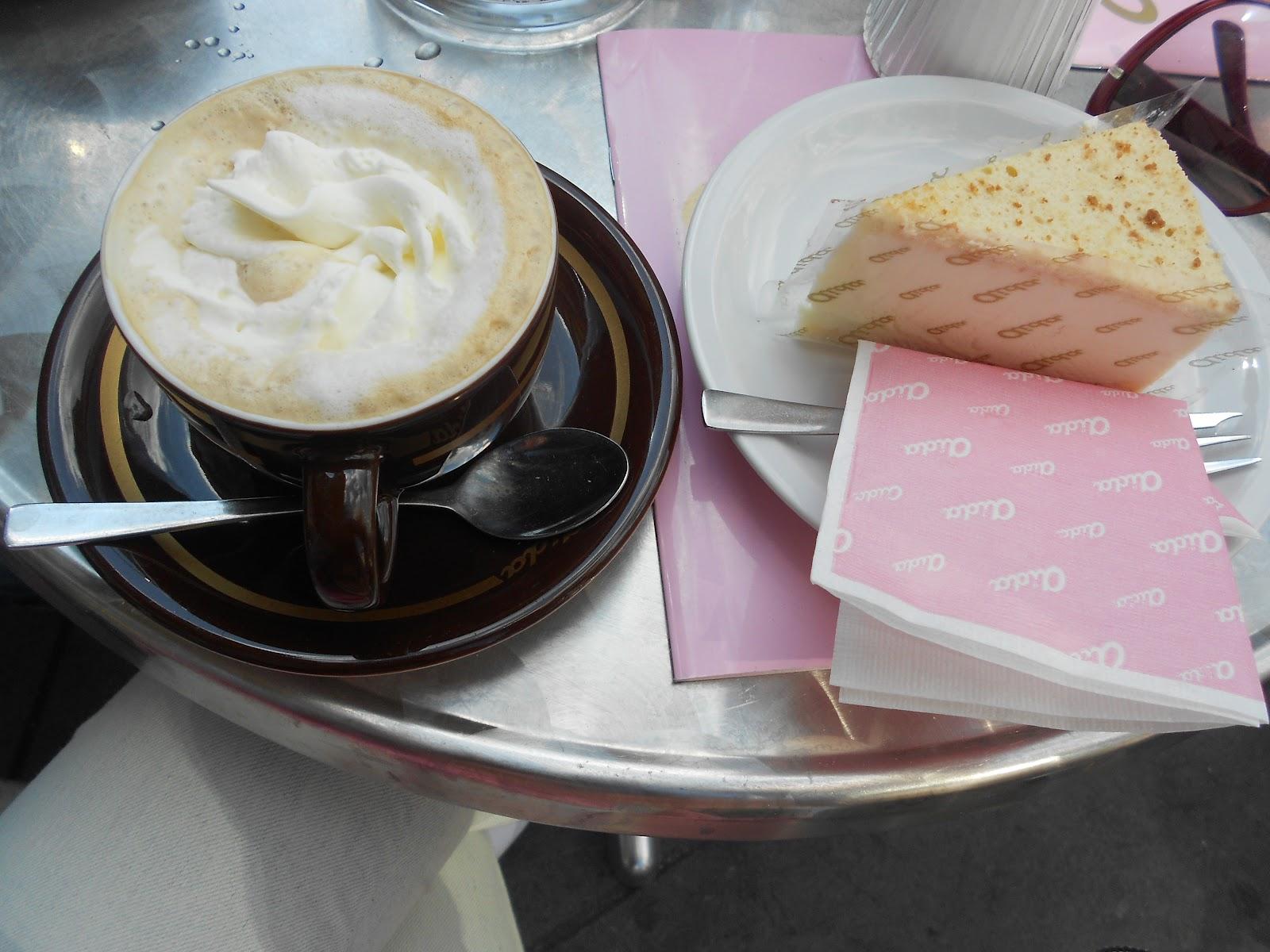 Cafea servită cu dichis la Viena