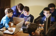 Digital Kids. Copii din Cluj sunt așteptaţi la primul curs gratuit de programare