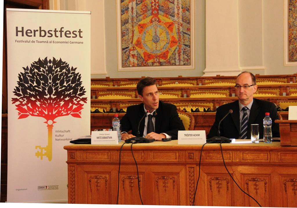 Sebastian Metz, directorul general al Camerei de Industrie și Comerț Româno-Germană AHK și Achim Troser, reprezentantul Ambasadei Germane la București / Foto: Dan Bodea