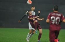 Cristian Lopez (foto,   la minge) a marcat din nou pentru CFR,   dar clujenii au pierdut meciul cu FC Viitorul