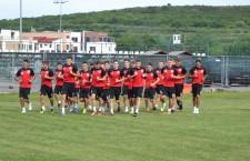 Cornel Coc şi Răzvan Dulap se vor pregăti o vreme separat de restul echipei,   după ce l-au agresat pe coechipierul lor,   Florin Cordoş / Foto: Dan Bodea