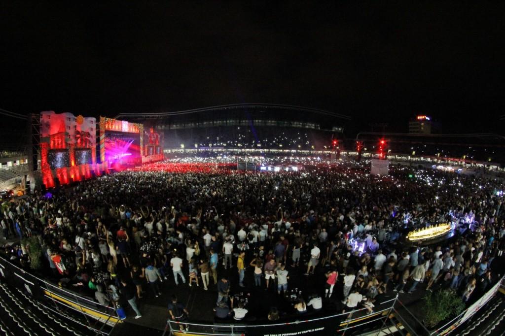 Încă de la prima ediție, Untold Festival a avut peste 240.000 de participanți și un line-up cu nume sonore precum AVICII, David Guetta sau Armin van Buuren (FOTO: Dan Bodea)