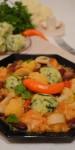 BUCĂTĂRIA ARDELEANĂ. Legume scăzute cu gomboţi de cartofi şi spanac