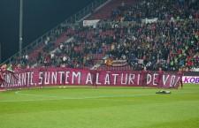 Sportivi și oficiali ai cluburilor din România și-au exprimat solidaritatea față de familiile victimelor tragediei de la clubul Colectiv din București / Foto: Dan Bodea