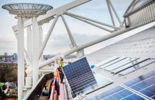 Panouri solare instalate pe Amsterdam Arena/ Foto: DeBetereWereld