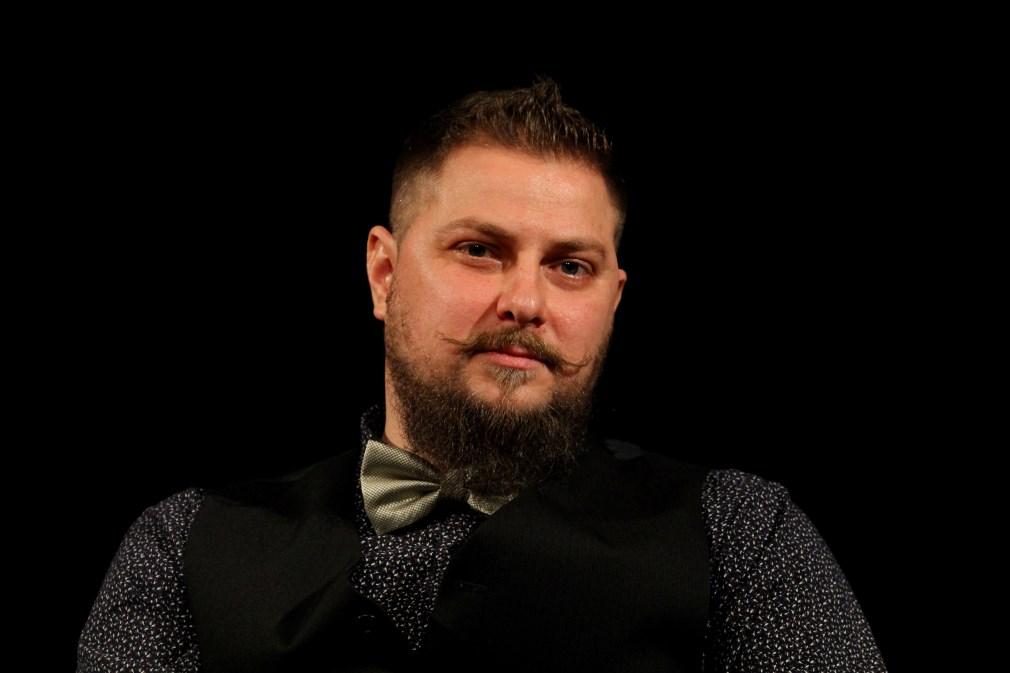 Actorul Radu Lărgeanu, față în față cu publicul/Foto: Dan Bodea
