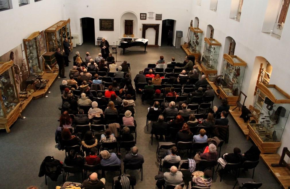 Cartea a fost prezentată de Irina Petraș,   Ion Mureșan,   Vianu Mureșan,   Ioan Pintea/Foto: Dan Bodea