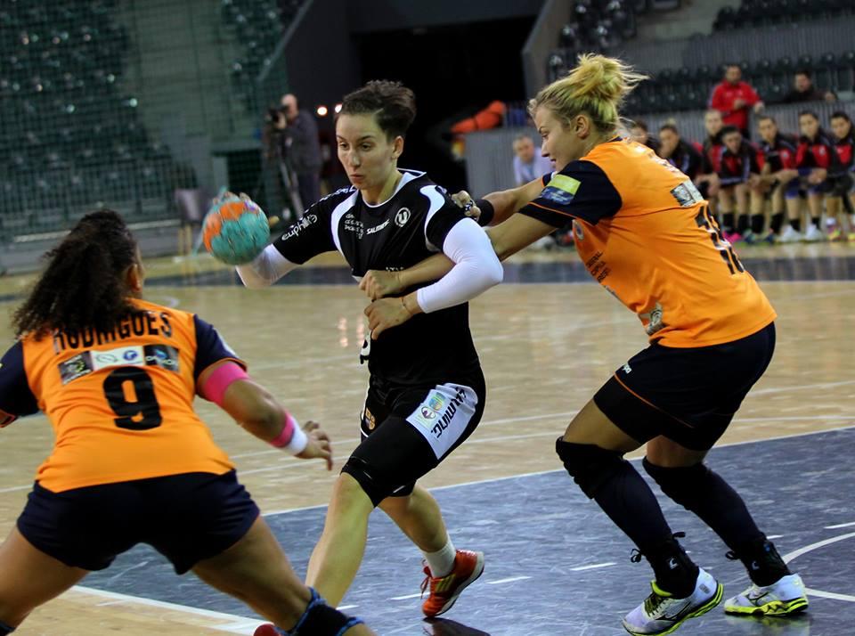 Luni și marți (28-29 decembrie) la Cluj-Napoca se vor disputa meciurile ultimului turneu al anului de handbal feminin / Foto: Dan Bodea