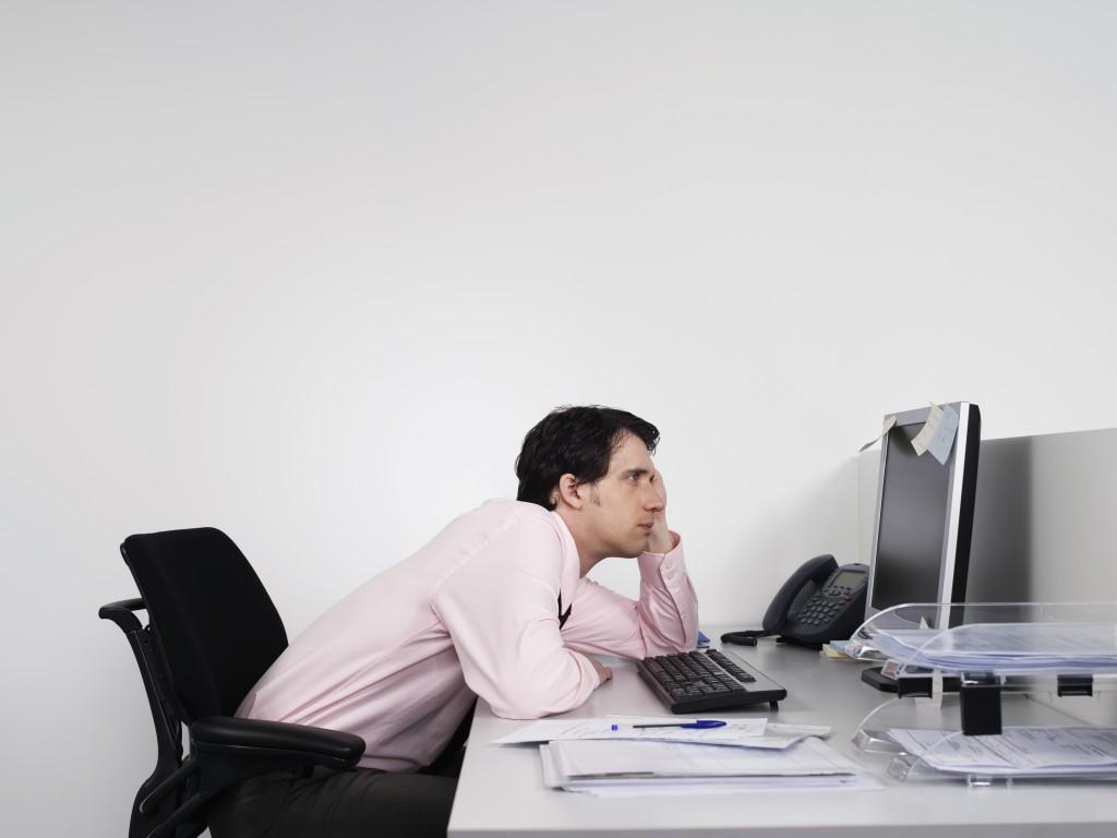 office_worker_131021_aap