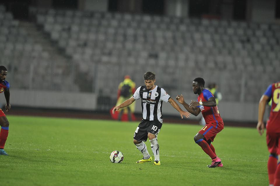 """Andreas Calcan a marcat două goluri pentru """"U"""" în primul amical din 2016, încheiat la egalitate 2-2 cu Național Sebiș / Foto: Dan Bodea"""