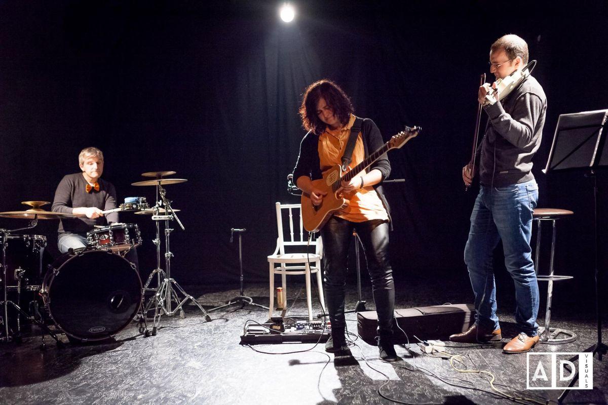 Teodora Iacob,   alături de Sorin Zamfir și Rareș Munthiu,   la Reactor/Foto: Dan Andrei Chira
