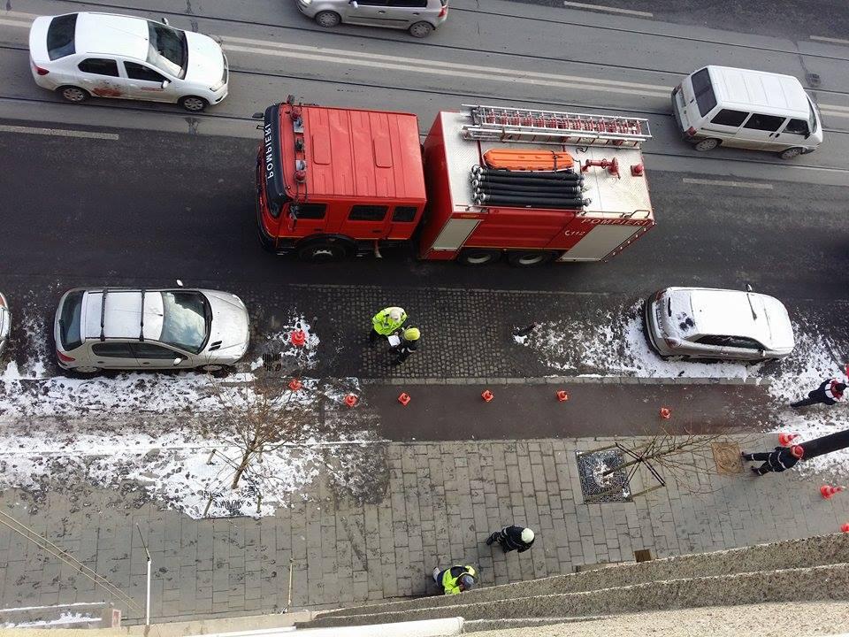 Pompierii au intervenit cu o autospecială/ Foto: Lucian Nuță