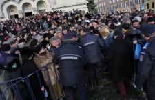 70 de poliţişti locali, mobilizaţi de Bobotează în zona lăcașelor de cult din oraş