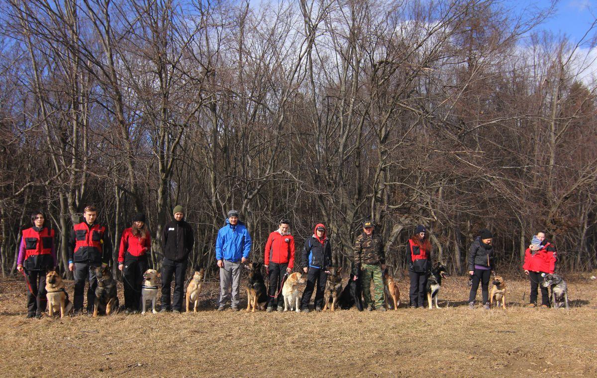 O parte dintre membri C.S.T. la antrenamentul de duminică, 14 februarie/Foto: Dan Bodea