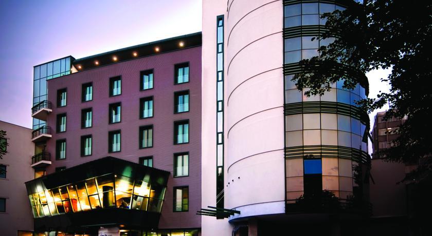 Echipa naţională de fotbal a Spaniei îşi va petrece wekendul de la Cluj, într-unul dintre cele mai luxoase hoteluri din oraş