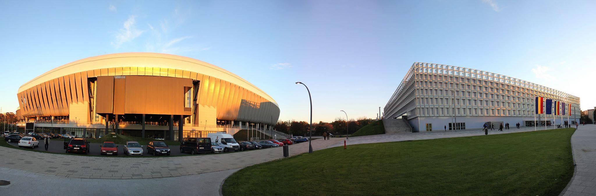 Curtea de Conturi vrea să închidă Cluj Arena, din cauza datoriilor către administrația locală, punând astfel, în pericol disputarea meciului de tenis din Cupa Davis, dintre România și Spania, programat în luna iulie a acestui an / Foto: Dan Bodea