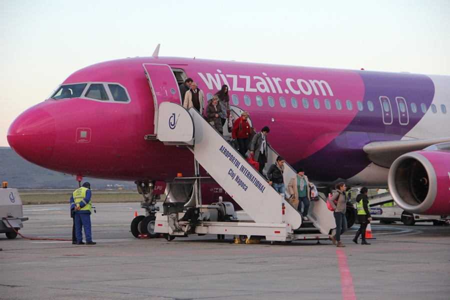 avion-wizz-air