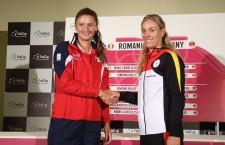 Conform tragerii la sorți Irina Begu și Angelique Kerber deschid seria înfruntărilor din meciul România - Germania,   din barajul de menținere în Grupa Mondială a FED Cup / Foto: Dan Bodea