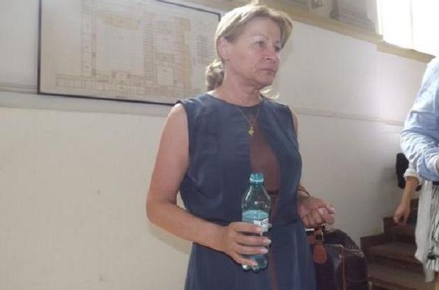 Marieta Anastasescu a convins magistraţii Tribunalului Comercial Botoşani că ar negocia cu un grup de investitori