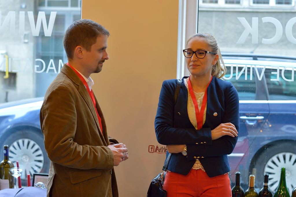 Cirpriana Stan discută despre afacerea sa cu un potențial mentor (FOTO: Nemes Gergely)