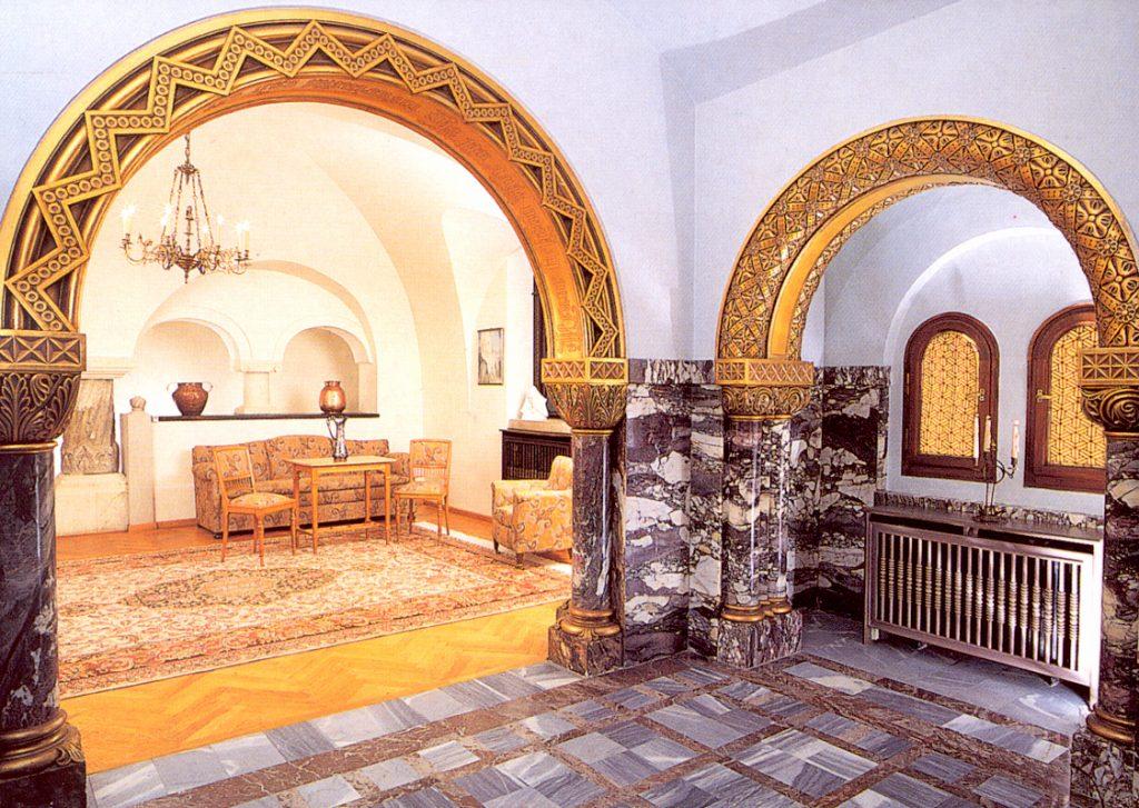 Castelul Pelișor, salonul reginei Maria