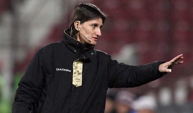 Arbitrul clujean Teodora Albon va oficia la centru meciuri din cadrul turneului olimpic feminin de fotbal de la Rio / Foto: Dan Bodea