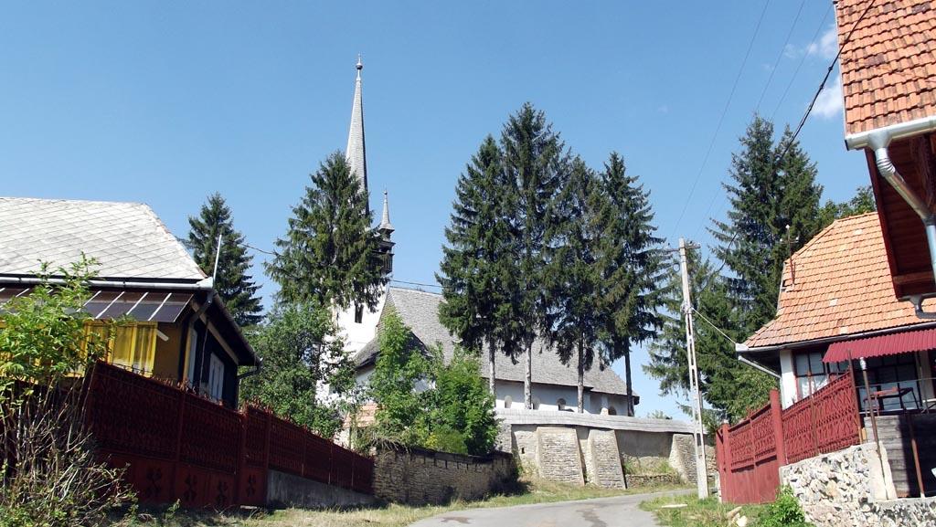 Biserica din Mănăstireni