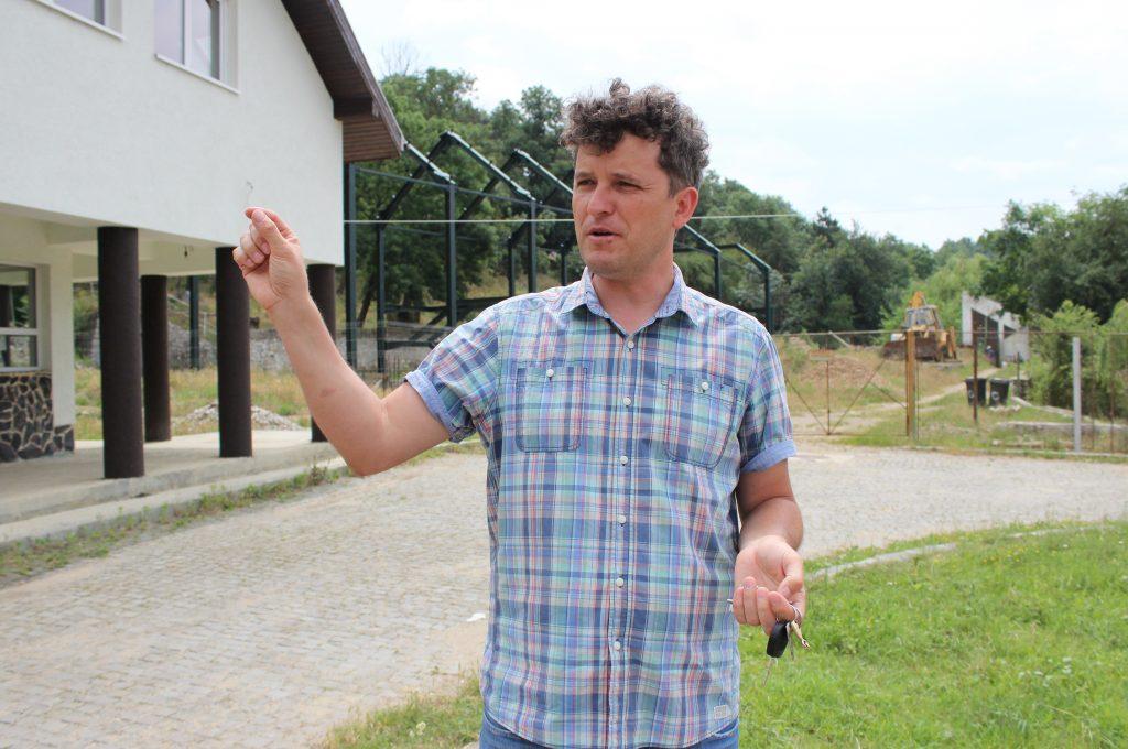 """""""La o grădină zoologică profitul nu înseamnă numai că ai făcut niște bani. Profitul înseamnă că oferi lumii ceva, înseamnă că faci și educație, înseamnă că faci cercetare, atragi turiști"""", Mate Csaba, director Zoo Turda. / Foto: Dan Bodea"""
