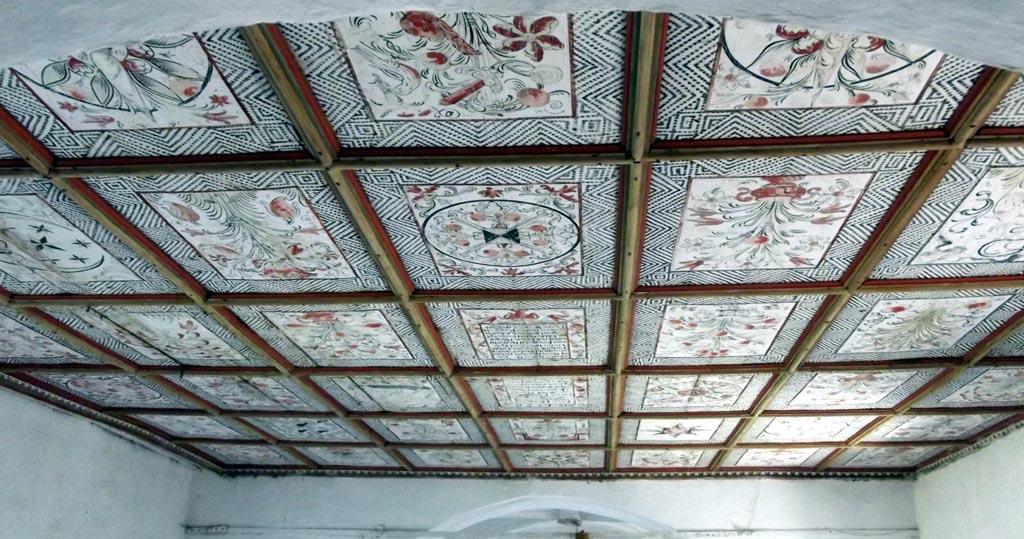 Tavanul bisericii din Văleni